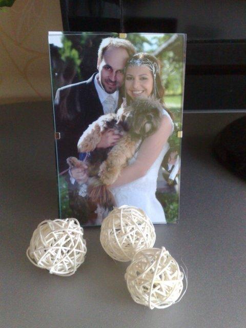 Michal a Barbora : Príprava na našu elfskú svadbu - naše darčeky pre hostí... fotili sme sa v stredu, a nemôžem povedať nič iné, len že je to ten najlepší nápad, aký mi pri svadobných prípravách napadol