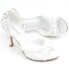 topánočky na takýto štýl,by som si predstavovala
