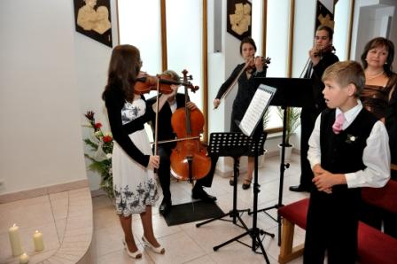 Ako to prebiehalo v deň D - klasická hudba vyznie v kostole pri obrade nádherne, hlavne ak sú to naozaj úžasní hudobníci