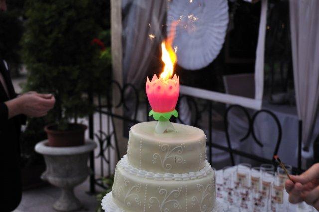 Ako to prebiehalo v deň D - a ženích s nevestou sfúknu sviečky