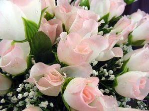 růžičky na svatební stůl - 12 svazků