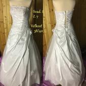 Predaj svadobných šiat roznych veľkostí, 38