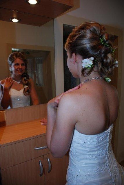 Detaily našej svadby - účes zozadu