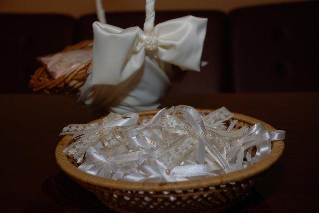 Detaily našej svadby - vlastnoručne ušité