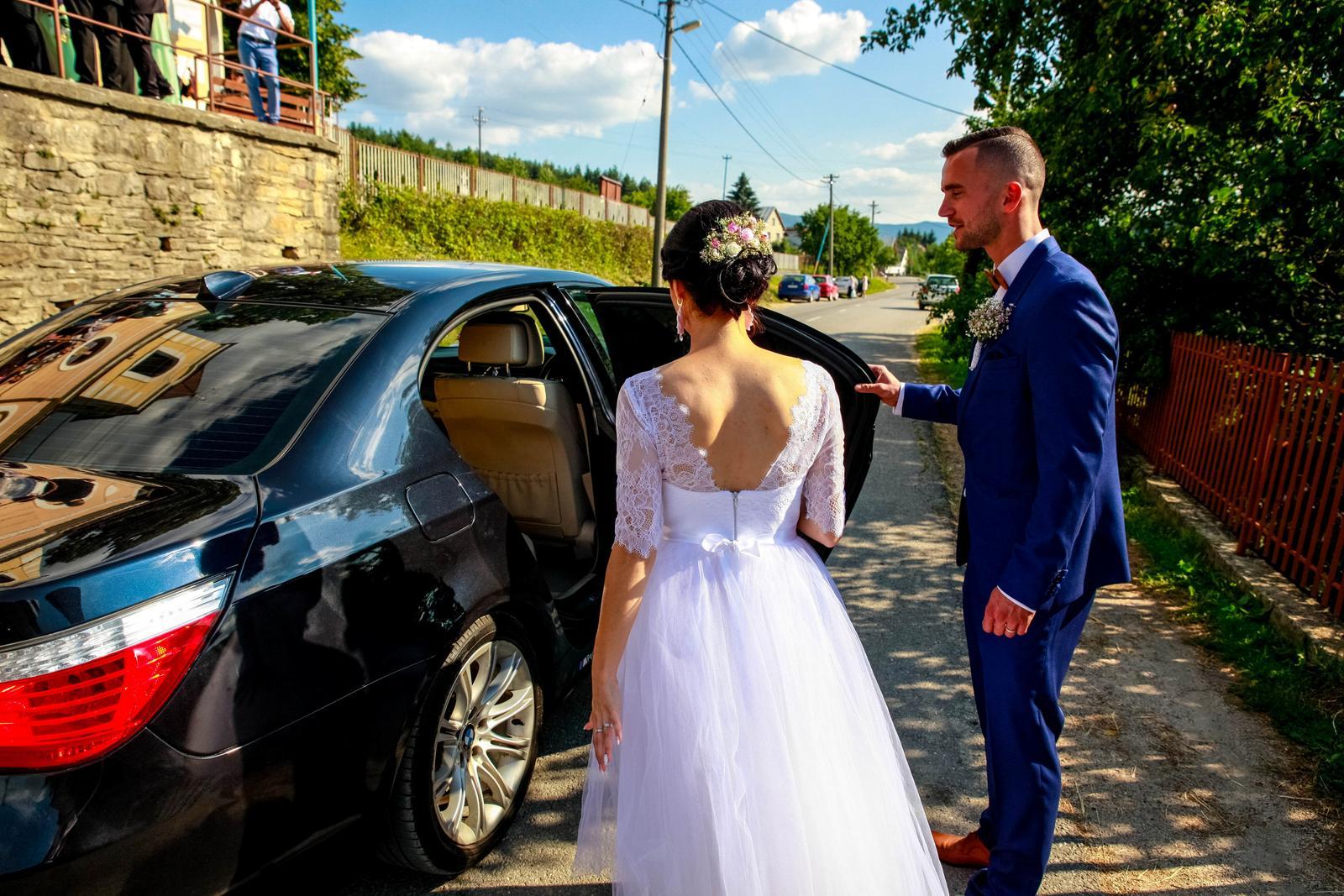 Svadobné šaty v midi dĺžke - Obrázok č. 4
