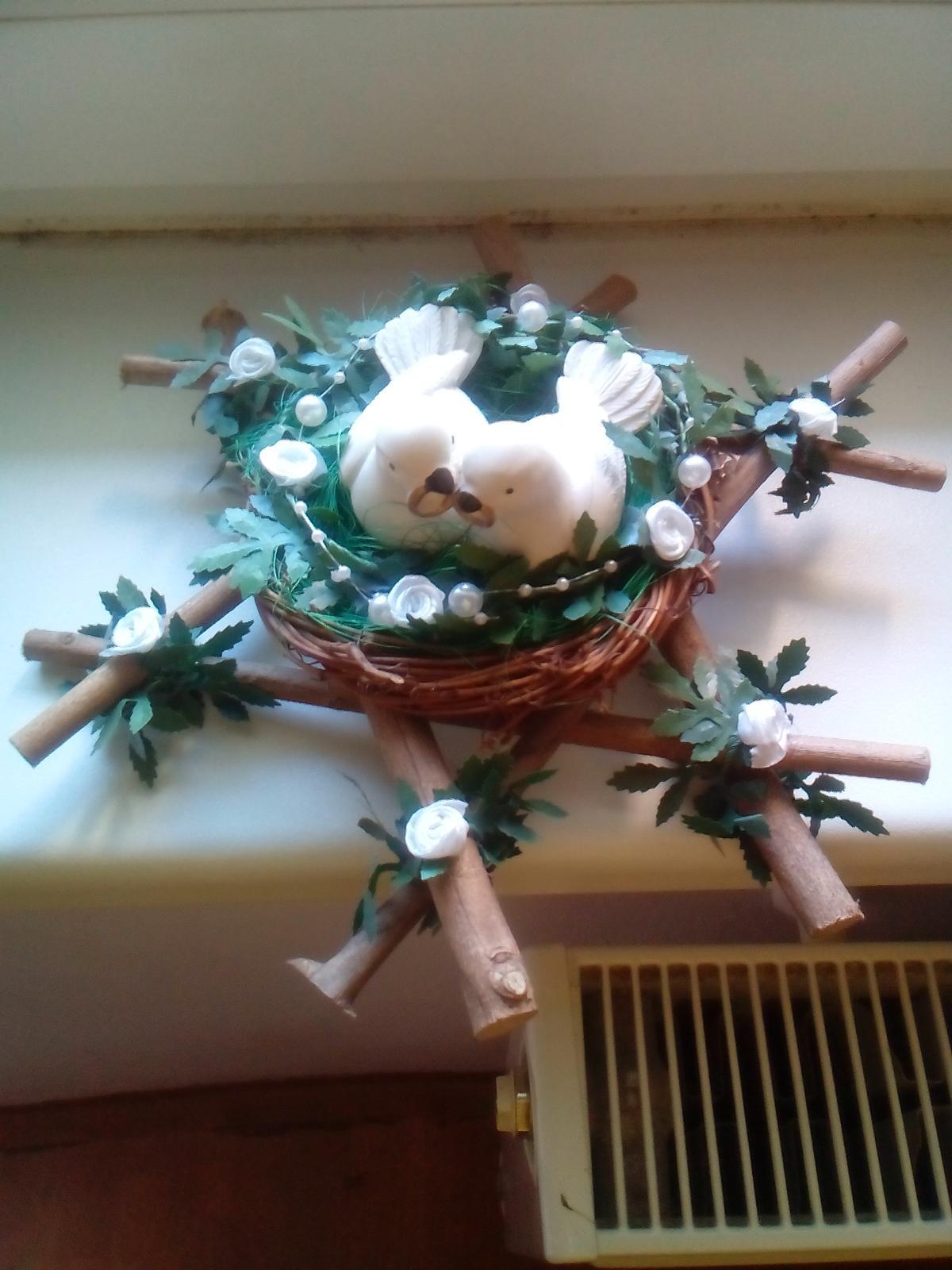 Svatební věneček s holubičkami - Obrázek č. 1