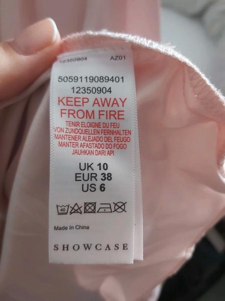 Růžové šaty, vhodné pro družičky - Obrázek č. 1