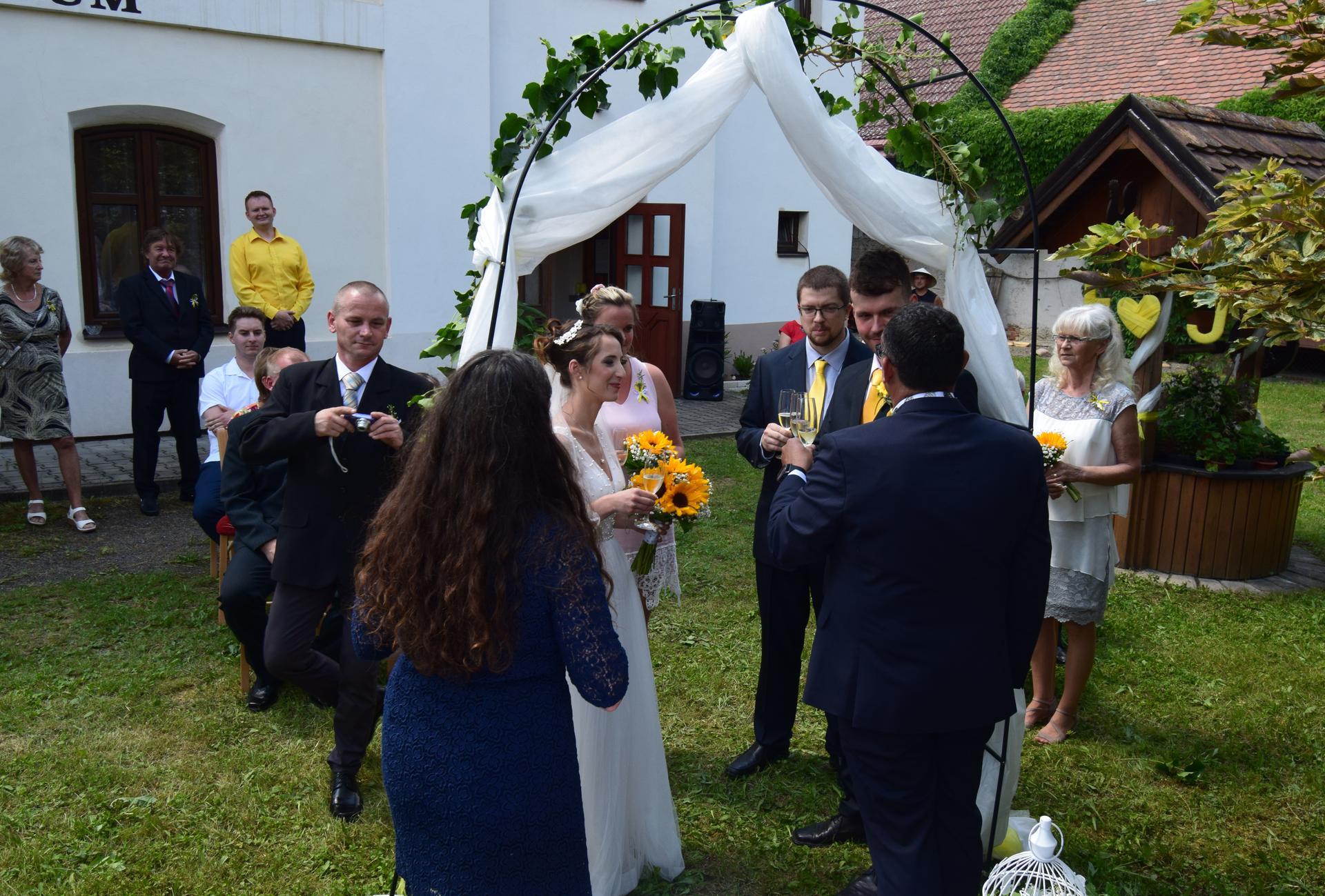 Eliška Benešovská  {{_AND_}}   Jakub Benešovský - Obrázek č. 51