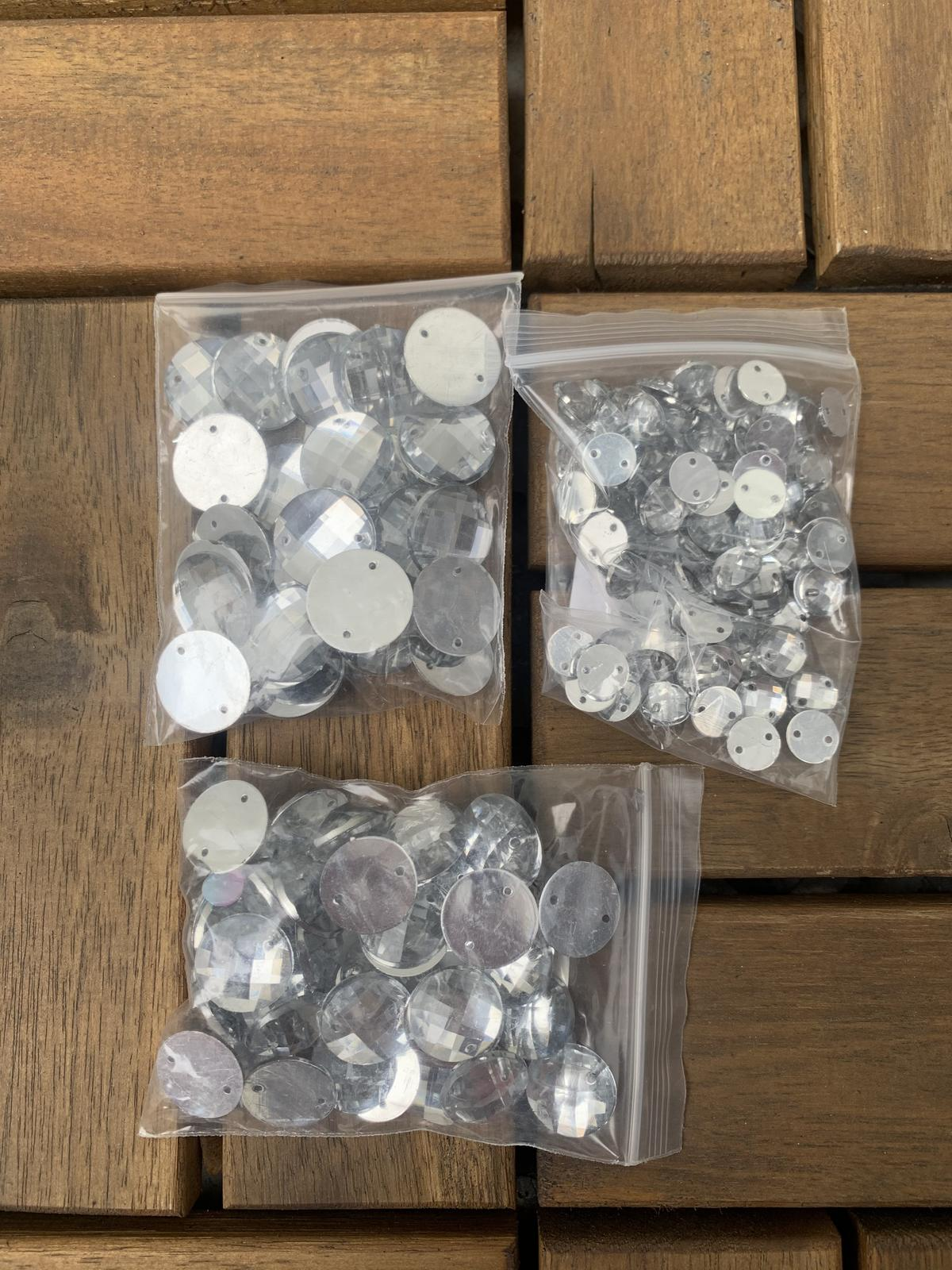 Strieborne diamantíky-kamienky - Obrázok č. 1