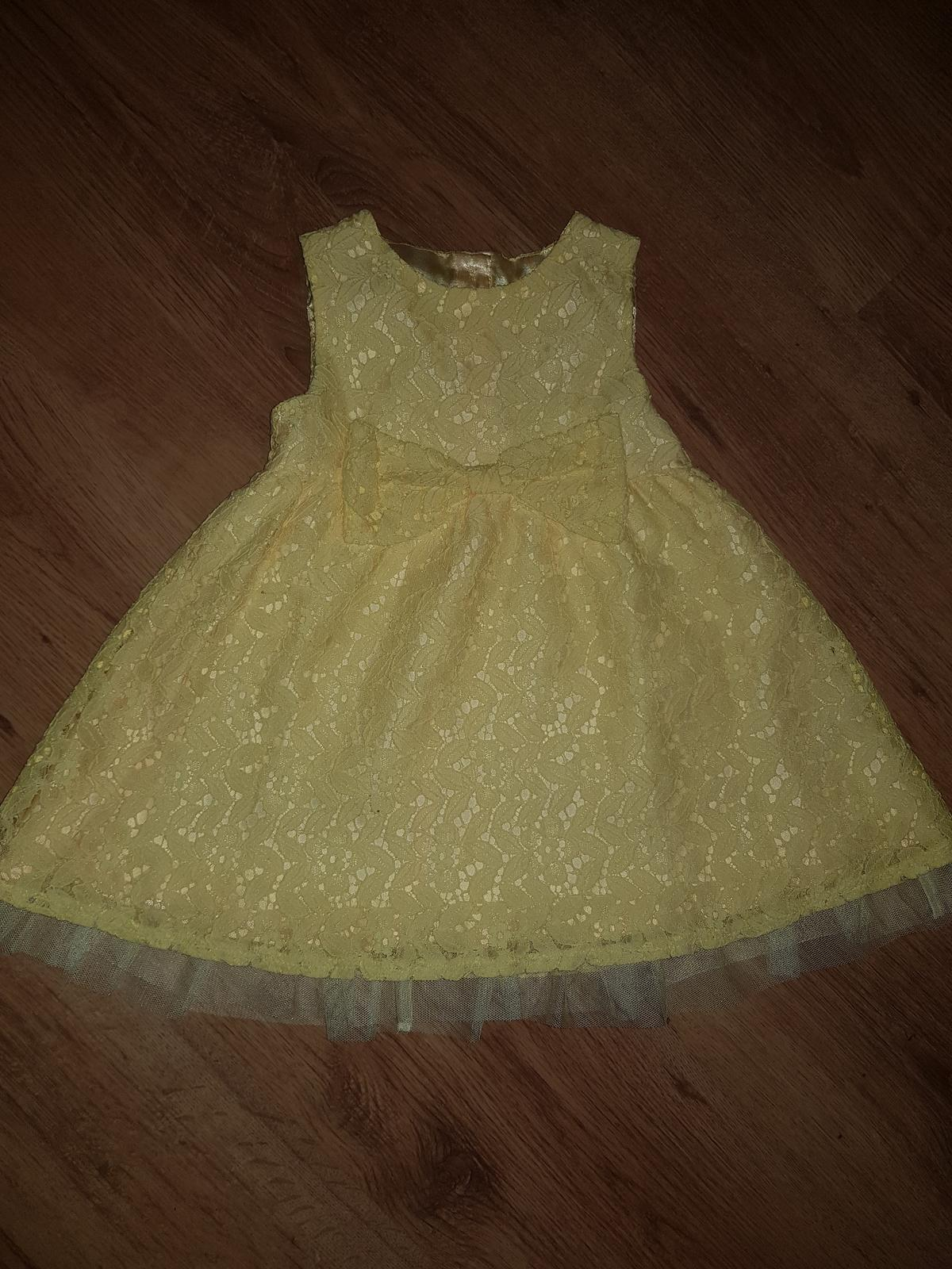 Dievčenske šaty - Obrázok č. 1