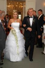 nevěsta vchází