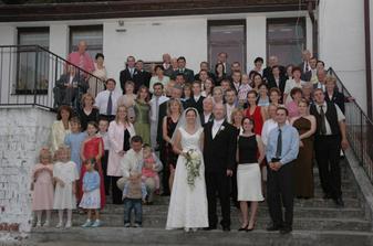 celá svadobná spoločnosť