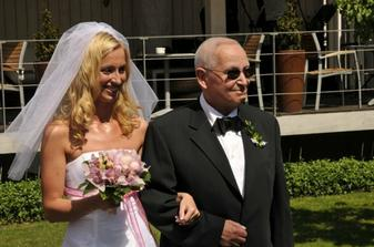 nevěsta s nevlastním otcem