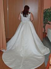 šaty 3. - vlečka