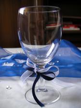 Dekorace - sklenička s mašličkou :o)
