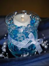 Dekorace - svíčka s gelovkama, s mašličkou a perličkami