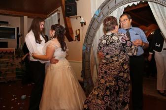 Taneček - my dva a moji rodiče :o)