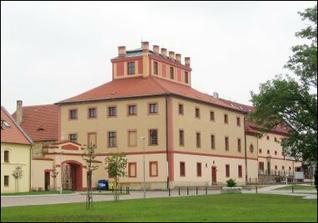 Hostivický zámek