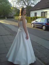 šaty 002