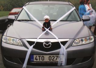 manželové autí byla jsem z něj zklamaná nebylo podle mých představ ale kominíček pro štěstí byl nádherný
