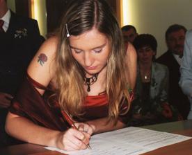 moje svědkyně nám to podpisem dosvědčila