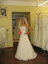 Moje šaty z Adiny