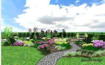 Obr. 9: Vřesoviště průchozí po stezkách. Průchod přes něj zvyšuje míru příjemného zážitku z krásy nízkých rostlin. V pozadí pergola, kterou se vstupuje do sadu.