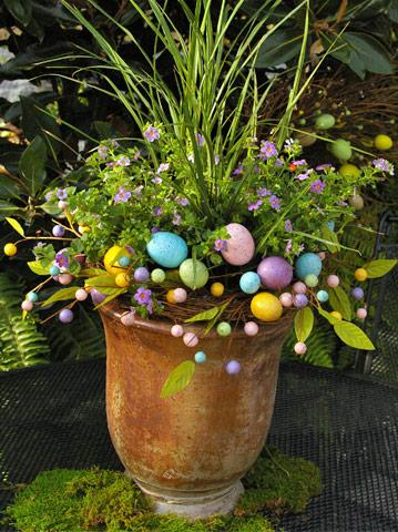 Výsadby do nádob - Easter Container Garden