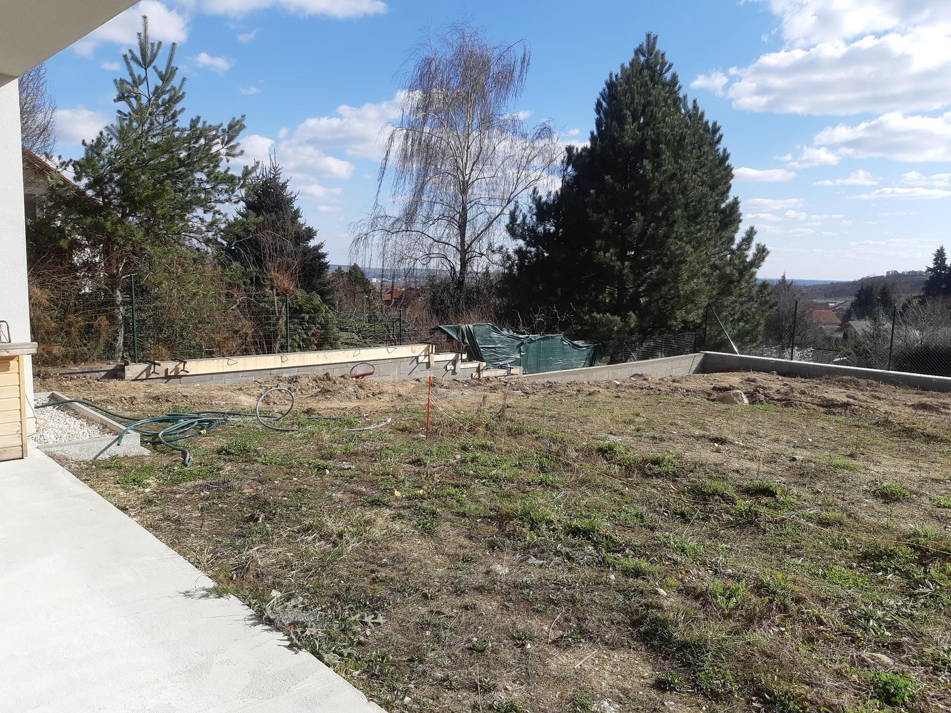 Dům + zahrada 2021