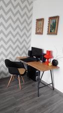 Manzelov pracovny stol