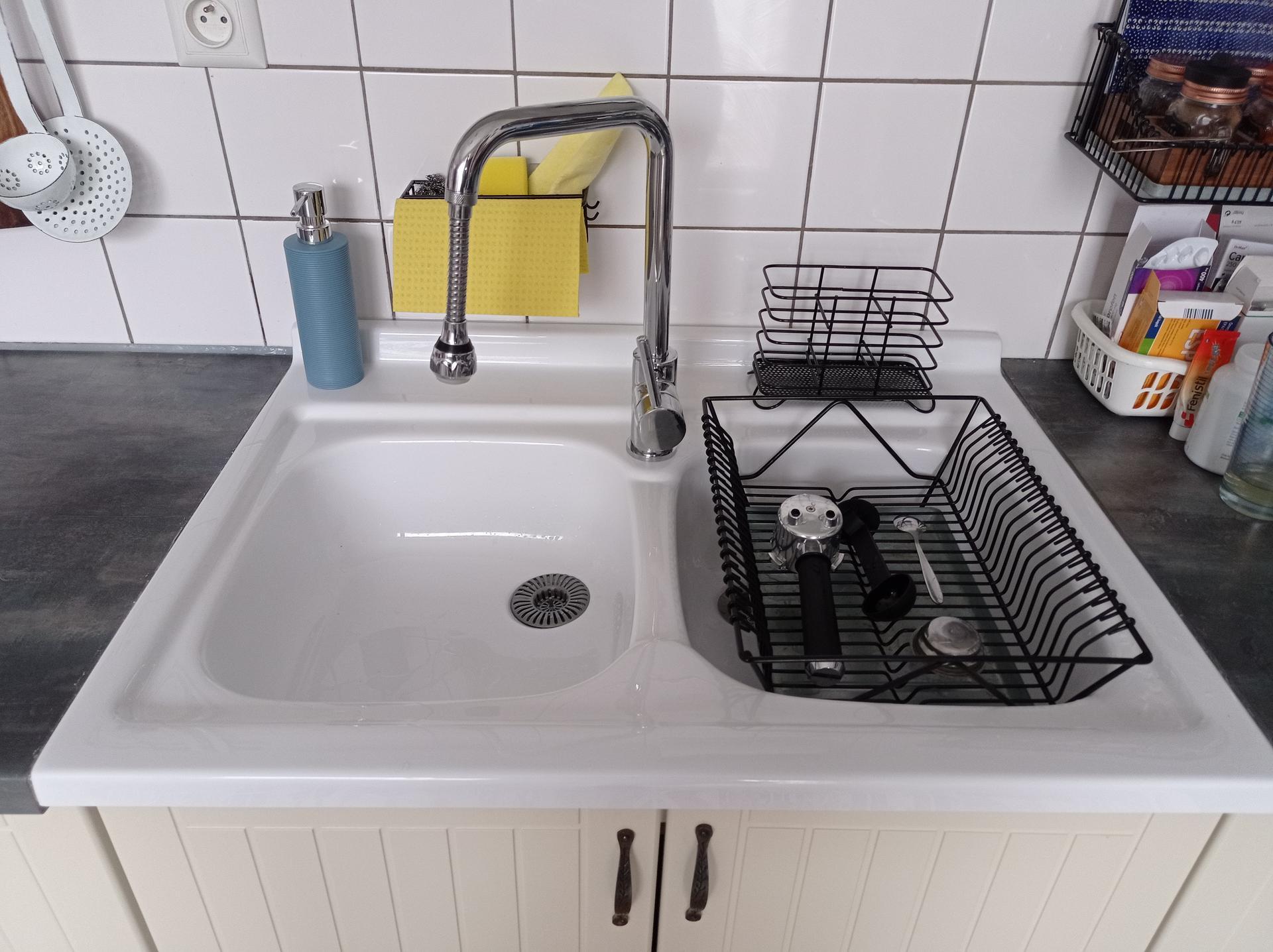 Kuchyňa - Konecne som sa zbavila nerezoveho drezu. ☺️
