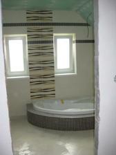 Kúpeľňa - pohlad z chodby