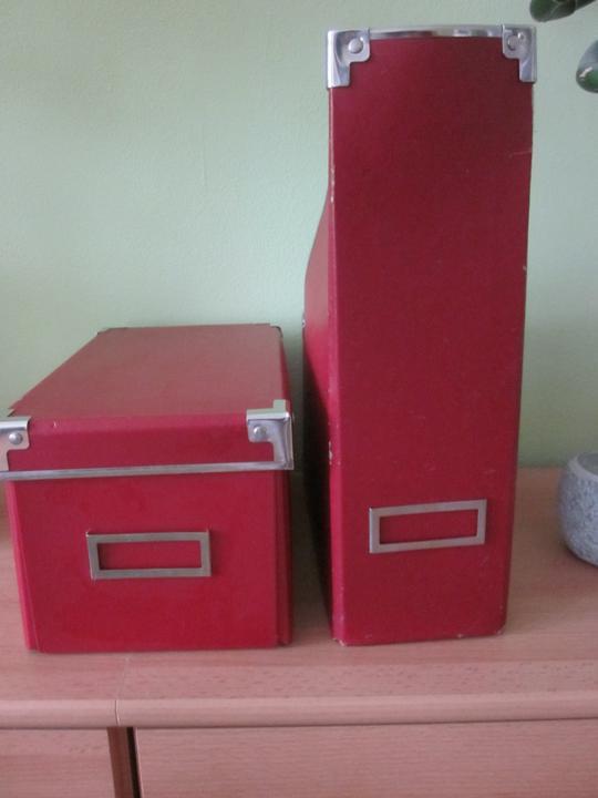 Moje výtvory - Krabice a pořadače jsem si kdysi koupila do bytu, ale do budoucího domečku se mi barevně nehodí. Přece je ale nevyhodím, že...