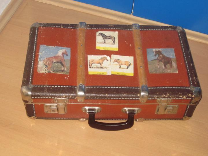 Moje výtvory - Podařilo se mi sehnat další starý kufr...