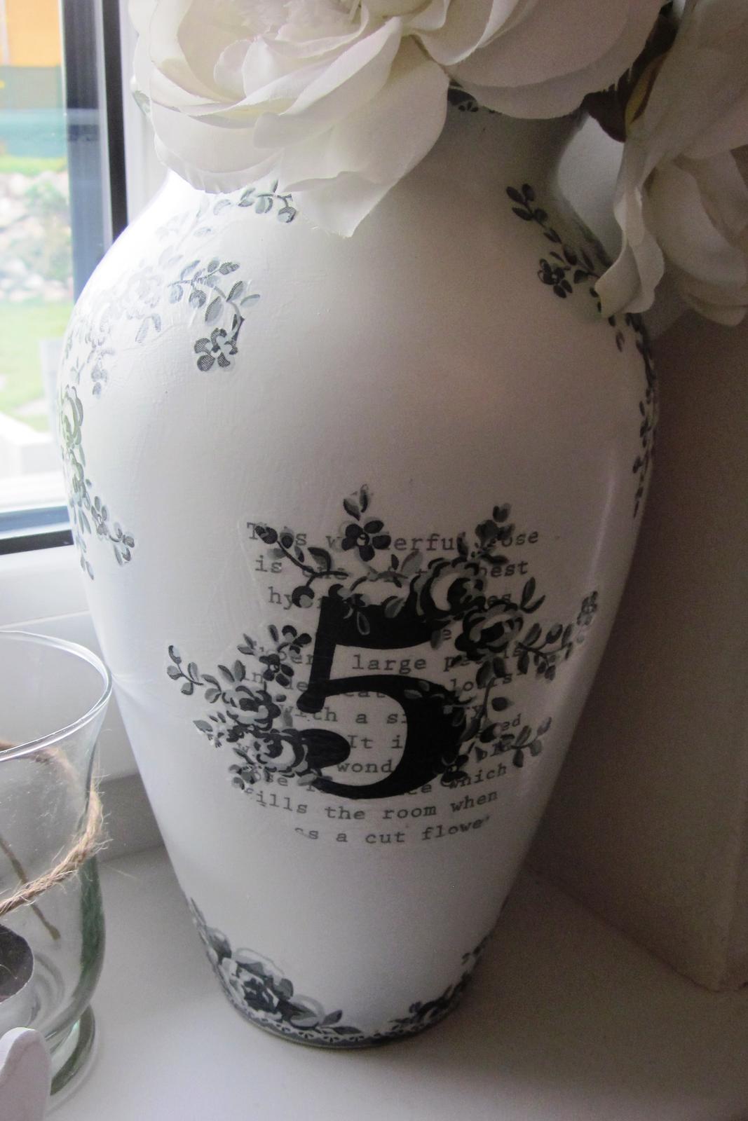 Moje výtvory - Tohle byla stará hnusná modrá váza :-)