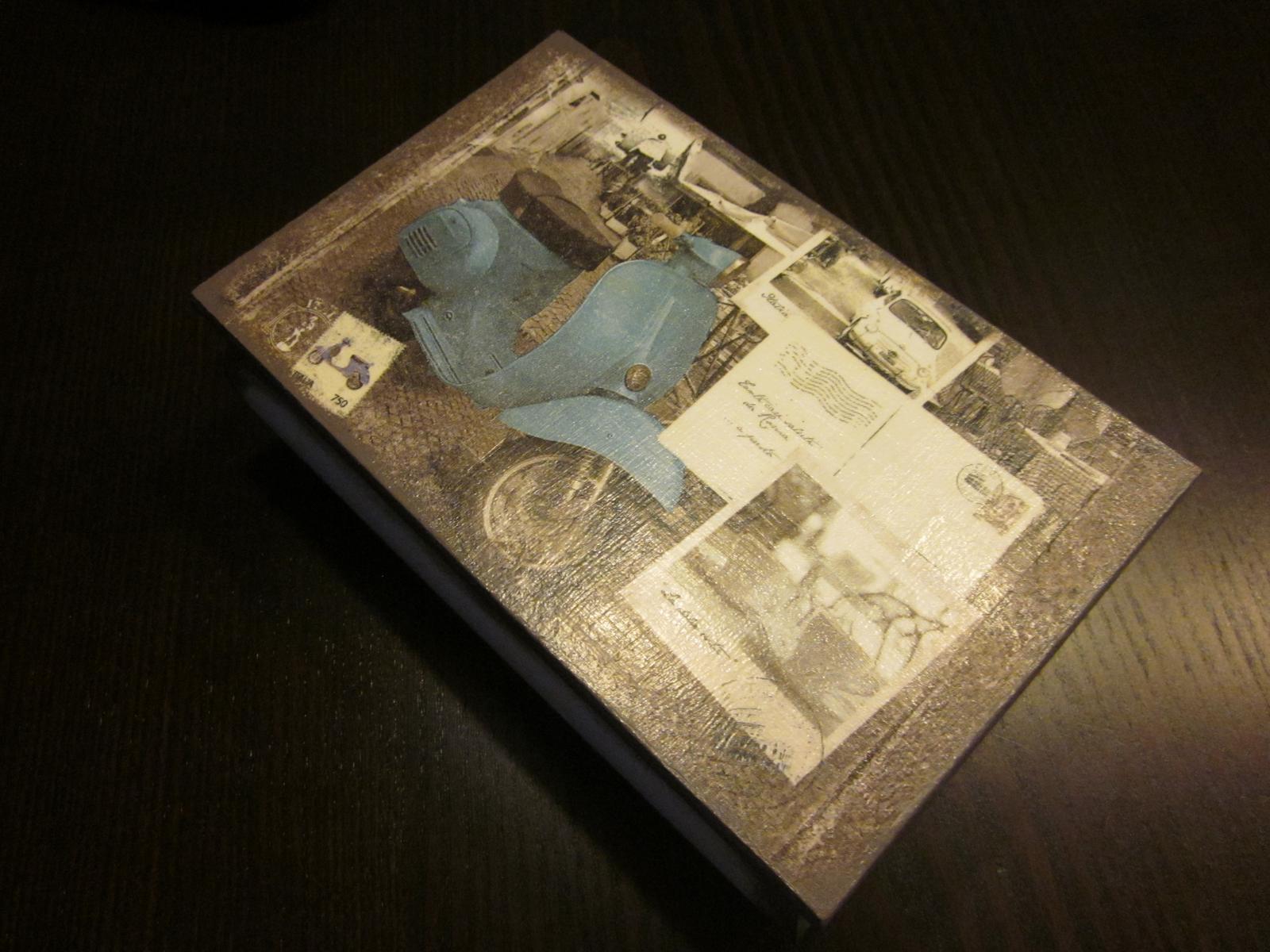 Moje výtvory - Dárek pro známé- krabička zdobená ubrouskovou technikou. Udělala radost :-)