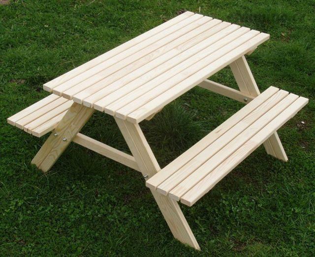 Pro děti na zahradu- ano nebo ne? Nebo je lepší stůl + židličky ze dřeva nebo plastu? Díky za názory! - Obrázek č. 1