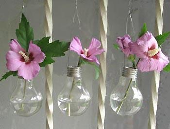 Inspirace k vyrábění - Pořád ještě nevíte co s prasklými žárovkami?:-)