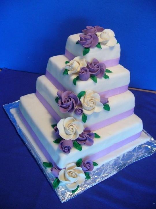 Co už máme - Objednaný dort (jen bude kulatý), zaplacená záloha.