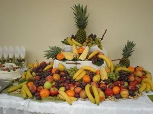 Aj stôl s ovocím bude...