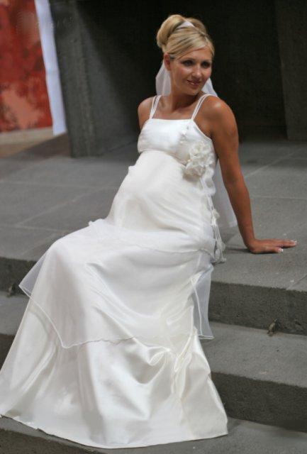 Nase male pripravy (2 svadby behom 1 roka)  ;)) - A tu nieco pre buduce mamicky a zaroven nevesticky...