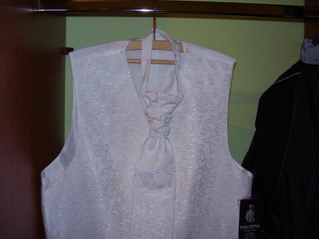 Lucia+mário - drahého vesta s kravatou