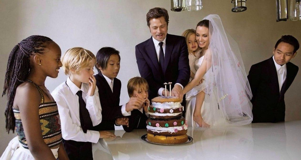Angelina Jolie a Brad Pitt - Obrázek č. 9