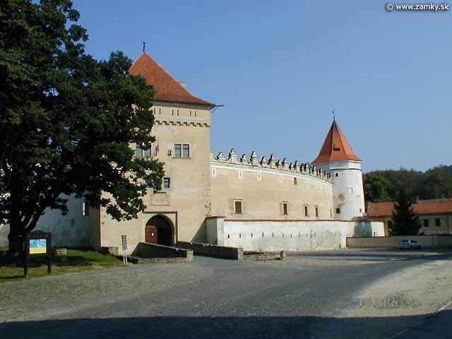 Evicka a marosko - kezmarsky hrad-tu sa to vsetko udeje