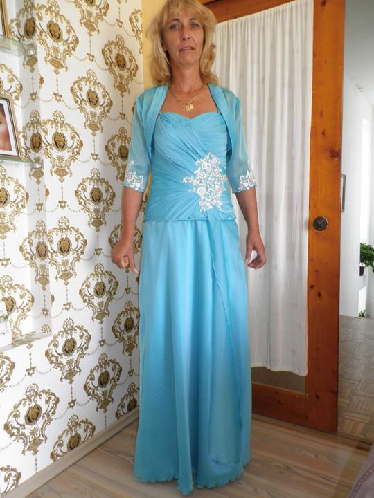Spolocenske saty pre svadobnu mamu - Azurovo modre dvojdielne saty z  leskleho sifonu. Nazbierany korzet vpredu s kremovo-zlatou cipkou 2a24336e35c