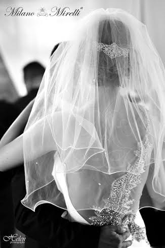 Biele saty so strasom Helli - ...a na neveste pocas svadby :-)