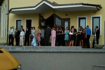 Netrpezlivi svadobcania :-)))