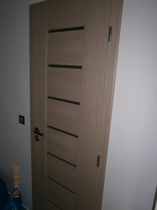Kuchyně... Už se blíží stěhování! :-D - Máme barvu dveří, kterou jsme nechtěli...