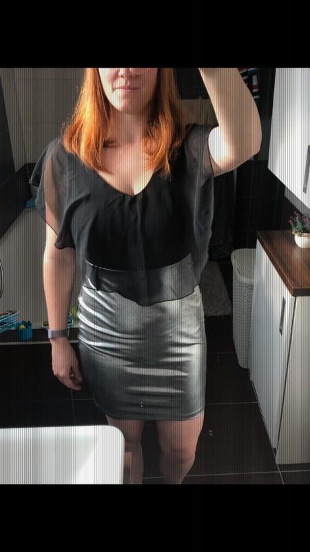 Šaty stříbrno šedé upnuté Bonprix 36 - Obrázek č. 1