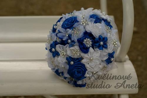 Královsky modrá pohádková svatba - Obrázek č. 3